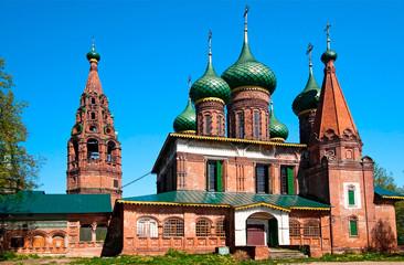 Fototapeta na wymiar church of St. Nicholas Wet in Yaroslavl, Russia