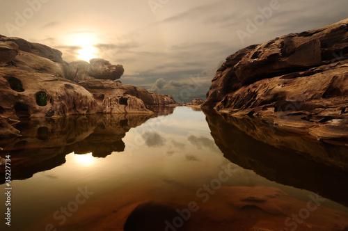 Recess Fitting Canyon sunrise head dog at Sam Phan Bhok Grand Canyon, Mekhong river, U