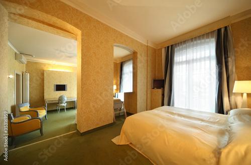Hotel Di Lusso Interni : Suite di hotel di lusso. interno. buy this stock photo and explore