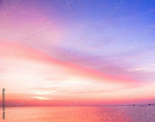 Foto op Plexiglas Purper Landscape Panorama Paradise