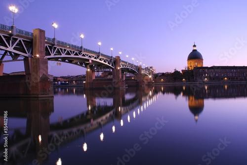 Foto auf AluDibond Stadt am Wasser La Grave et pont Saint Pierre, Toulouse