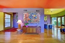 Retro Bright Living Room With ...