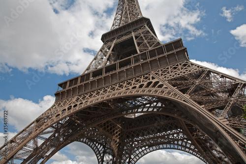 Fototapeta Paris - Eiffel tower and the sky obraz na płótnie