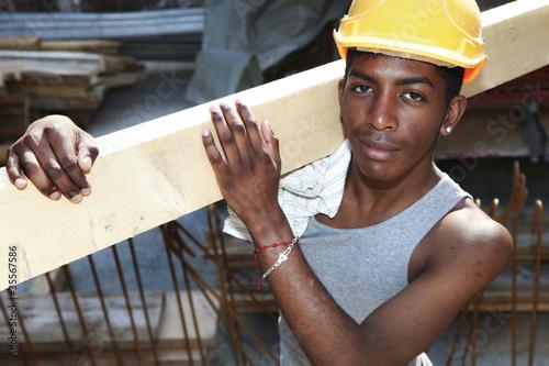 Stampa su Tela ritratto di giovane operaio nero, africano