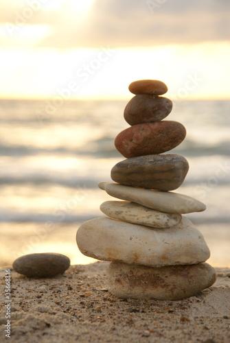 Doppelrollo mit Motiv - Steinturm am Meer (von kwarner)