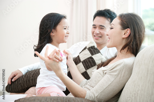 Fotografia  Happy Asian Family Playing