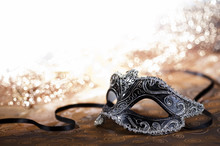 Carnival Mask With Glitter
