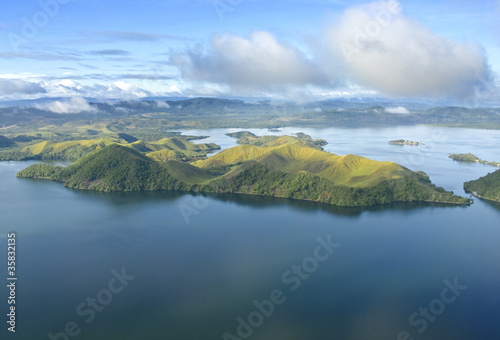 Fotografía Aerial photo of the coast of New Guinea