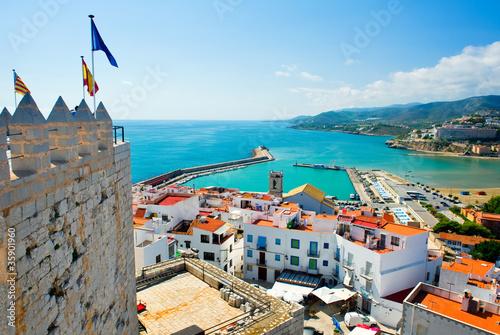 widok-na-port-peniscola-valencia-hiszpania