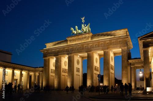 Keuken foto achterwand Berlijn Brandenburger Tor in Berlin bei Nacht