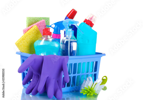 Fototapeta full box of cleaning supplies and gloves isolated on white obraz na płótnie