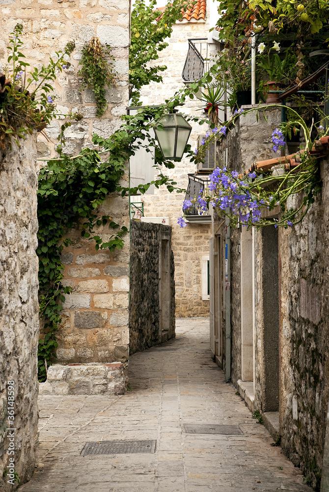 Fototapety, obrazy: Budva ulica starego miasta, Czarnogóra