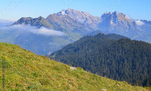 Fotobehang Alpen préalpes en octobre