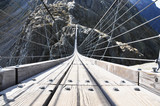 Fototapeta Most - 170m hanging Trift bridge, Switzerland
