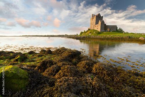 Keuken foto achterwand Noord Europa Dunguaire castle at sunset, Co. Galway, Ireland