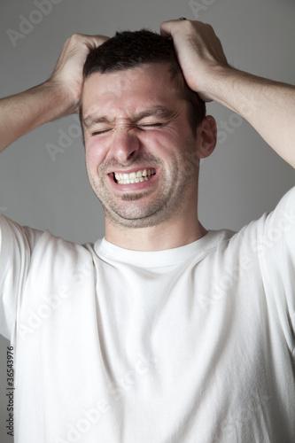 Αποτέλεσμα εικόνας για A MAN IS GRABBING HIS HAIR