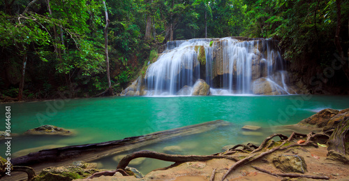 Fototapeta wodospady panorama-wodospadu-erawan