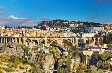 Grad Konstantin, Alžir