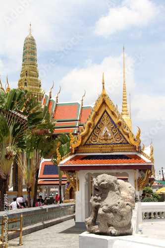 Foto op Canvas Bangkok Temples and golden stupa