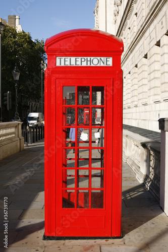 Papiers peints Rouge, noir, blanc London Red Telephone Booth
