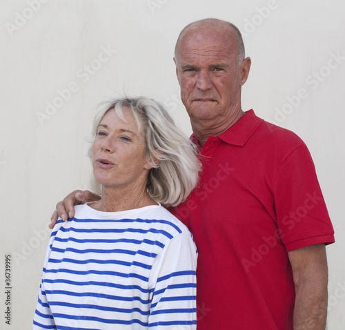 L'amour pour les personnes âgées : la rencontre en ligne