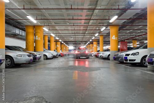 Underground garage Fototapet