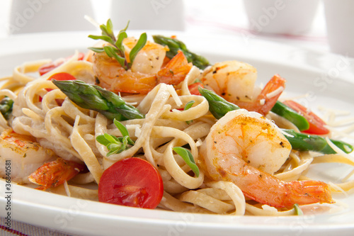 Fotografie, Obraz  Whole Grain Shrimp Pasta
