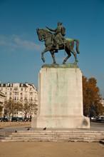 Statue Maréchal Joffre Champ ...