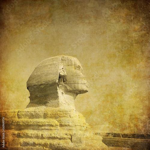 grunge-obraz-sfinksa-i-piramidy