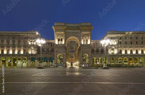 Spoed Fotobehang Milan Milan, Vittorio Emanuele II gallery, Italy