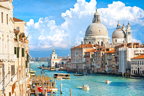 Stickers pour portes Venise Venice, view of grand canal and basilica of santa maria della sa