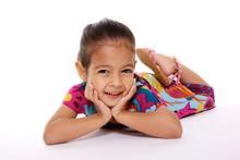 Jolie Jeune Fille Souriante Sur Fond Blanc