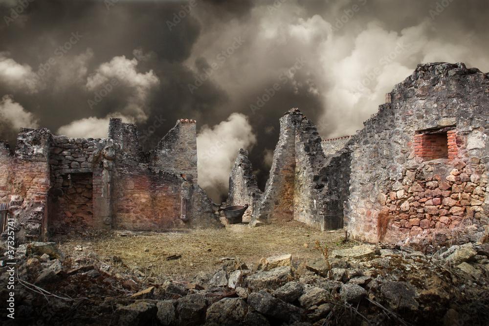 Fototapeta casa distrutta