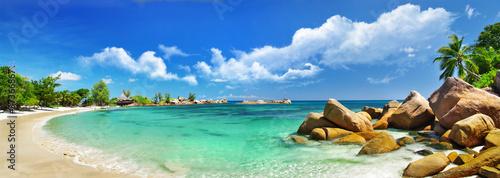 Seychelles , beach panorama - 37366867