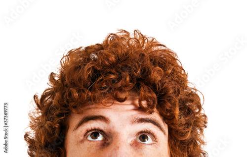 Obraz Redhead man looking up - fototapety do salonu