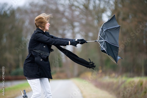 Fotografie, Obraz Fighting against the wind