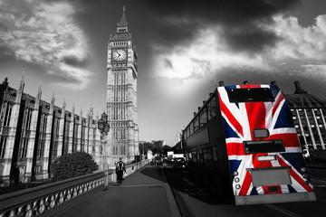 Naklejka Big Ben with city bus in London, UK