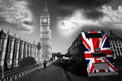 big-ben-z-autobusem-miejskim-w-londynie-wielka-brytania