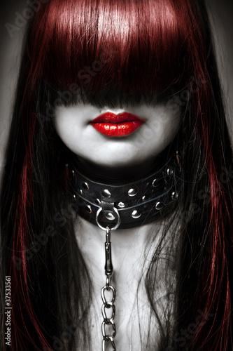 Photo  fashion portrait of young beautiful female model.