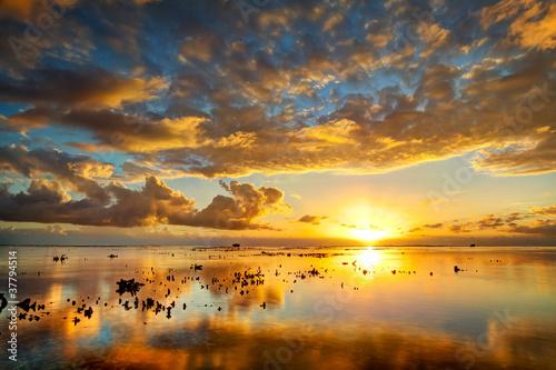 Papiers peints Orange Crépuscule sur lagon de l'Ermitage - La Réunion
