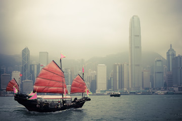 Fototapetachinese style sailboat in Hong Kong