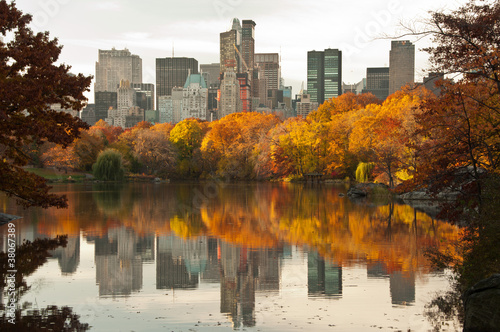 Photo  Fall dawn in Central Park, New York City