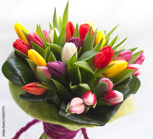 Plakat kolorowy bukiet wiosenny z tulipanami