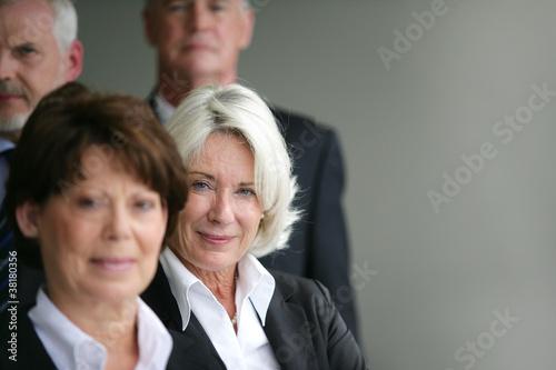 Fotografía  Senior business group