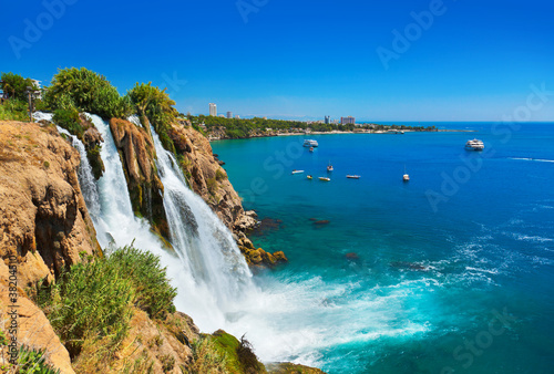 Foto-Leinwand - Waterfall Duden at Antalya, Turkey (von Nikolai Sorokin)