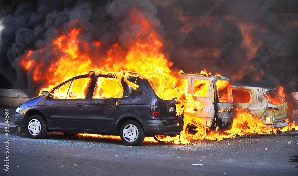 Fototapeta Riots - Cars Burning