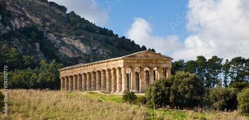 Fotografie, Obraz  Segesta temple, Sicily