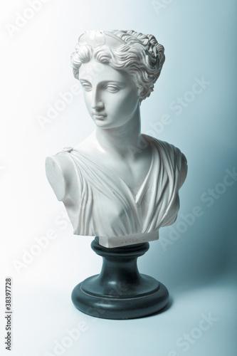 Foto  Statue der Artemis (Diana) Göttin