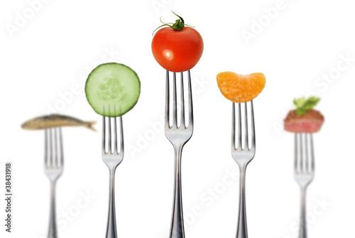 Canvas Prints Fresh vegetables gesunde vollwertkost mit fleisch und fisch / tiefenschärfe