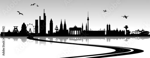 Staande foto India Skyline Deutschland mit Autobahn
